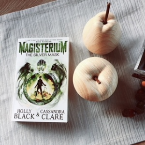 magisterium-the-silver-mask