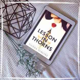 "Cover von ""A Lesson in Thorns"" auf dem iPad"""